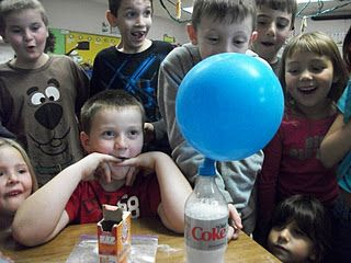 Solid, Liquid, Gas experiment...great for the kids to see all three simultaneously!