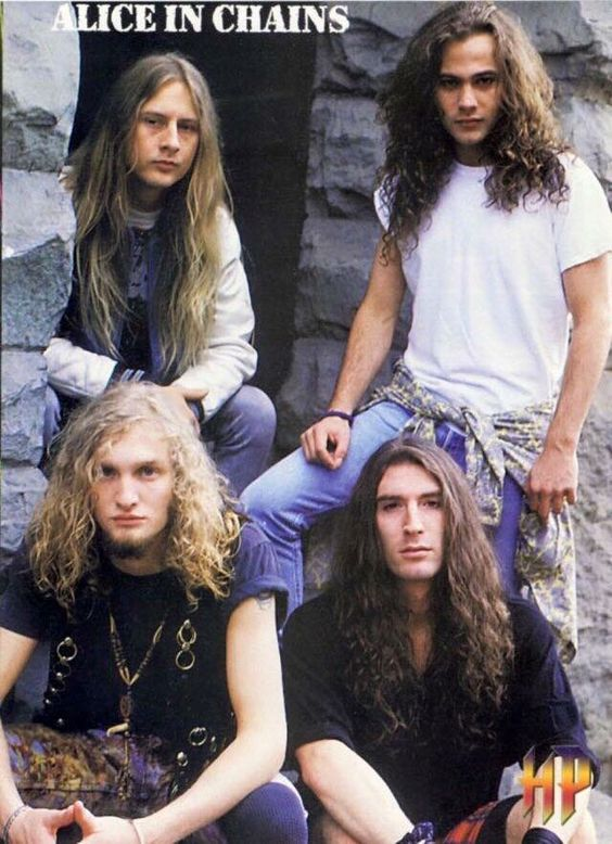 Alice in Chains  Jerry Cantrell, Mike Starr, Sean Kinney, Layne Staley