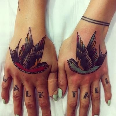 http://www.tattoolifestyle.fr/modeles-tatouages-new-school-old-school.php?page=16