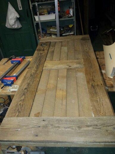 Pr paration de porte en bois de grange bois de grange for Cagette en bois deco