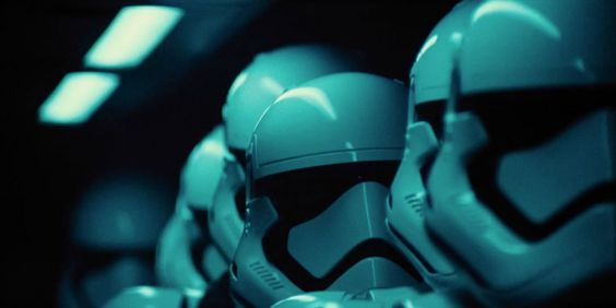 #Avatar Is No Longer America's Most Popular Movie, Your Move James Cameron. #Starwars