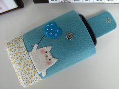 Felt Cat iPhone Case. Really cute idea to make one.
