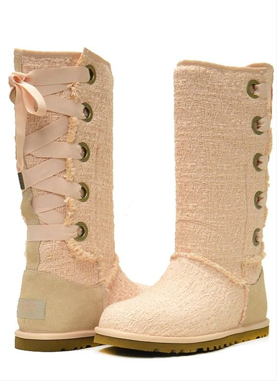 UGG heirloom lace up. LOVE THESE!
