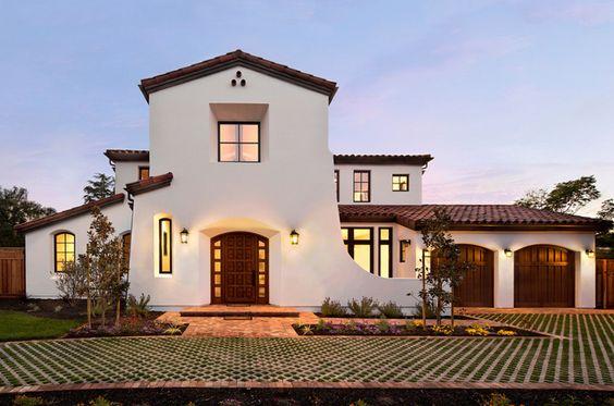 Caracteristicas arquitectonicas casas estilo espa ol uno o for Pisos exteriores