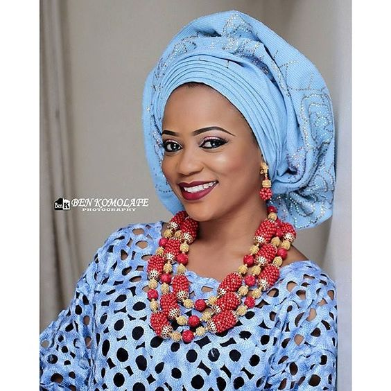 Beauty Alert!pic via @benkomolafephotography; mua @rtmbeautyandmakeupstudio asooke by @depeju_tribesasooke beads by @toshevents #traditionalbride #nigerianwedding #welove