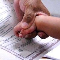 Proponen acabar con prevalencia de apellido paterno en registro