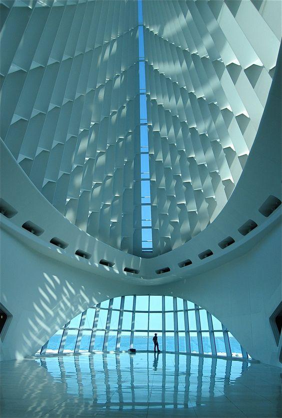 Milwaukee Art Museum by Santiago Calatrava. Photo courtesy of Santiago Calatrava, LLC.