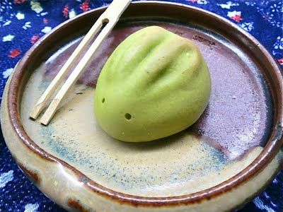 Green-tea flavored rabbit manju