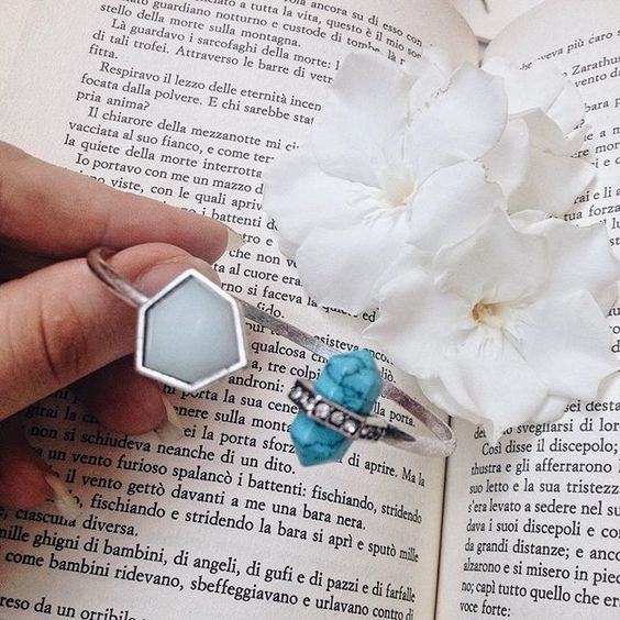 Classic Teal And Silver Bangle #fashion #style #teal #silverbracelets #cuffbracelets - 14,90 € @happinessboutique.com