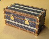 Portmanteau in miniature design.