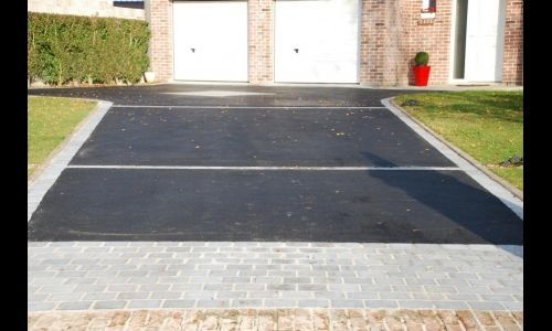 Parking Pave Bitume Recherche Google Idee Entree Maison Amenagement Exterieur Amenagement Cour