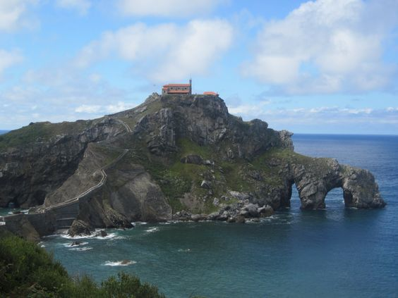 Vista de San Juan de Gaztelugatxe. País Vasco, España