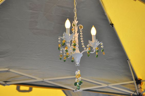 For a formal #Baylor tailgate, we like to provide proper lighting. #SicEm