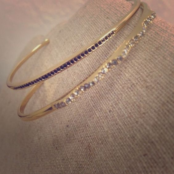 Diamanté Cuff Worn once! Gold small cuff with black stones. Simple and beautiful! Stella & Dot Jewelry Bracelets