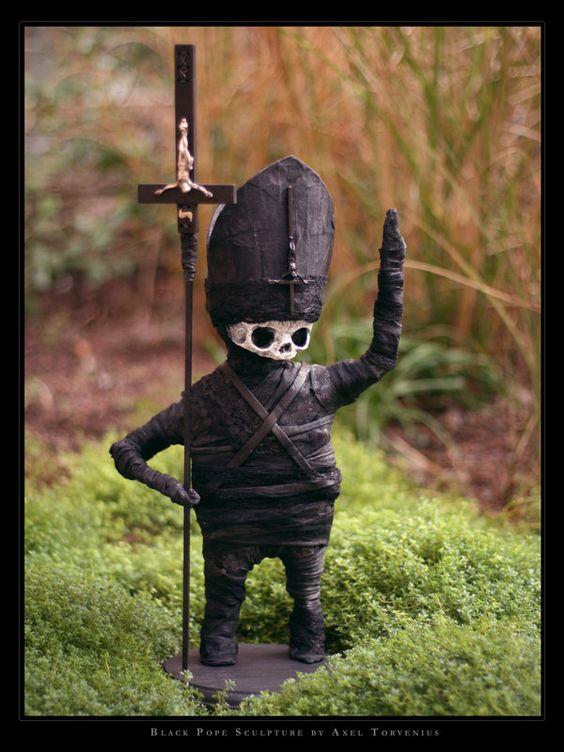 Black Pope by *torvenius
