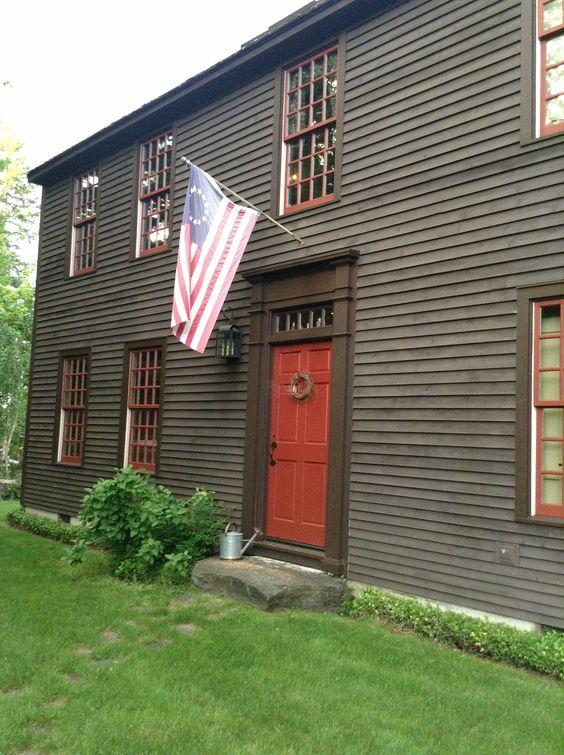 New England Red front door: Doors Accessories, Door Colors, Colors Tips Tricks, Exterior Colors, Homes Doors, Gray House With Red Door, Paint Colors, Red Front Doors, Gray House Red Door