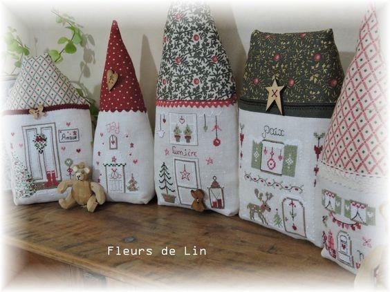 Coucou !! Me revoilà en plein rush, pour essayer de finir mes petites maisonnettes !!! Donc voilà pour celles qui veulent prendre de l'avance pour Noël, c'est le moment ou jamais, car on sait bien que plus on s'approche de Noël, plus le temps passe vite...