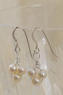 Wire wrapped pearls