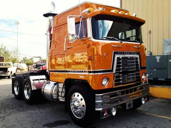 International Transtar 4270 COE