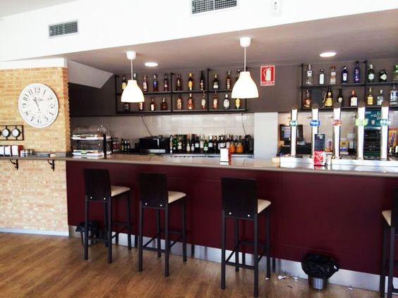 Rey de Tapas. Nuestro último trabajo #bar #terraza en San Fernando de Henares  