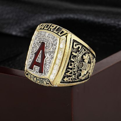 http://thebiggamerings.com/2002-mlb-world-series-championship-ring-los-angeles-angels/