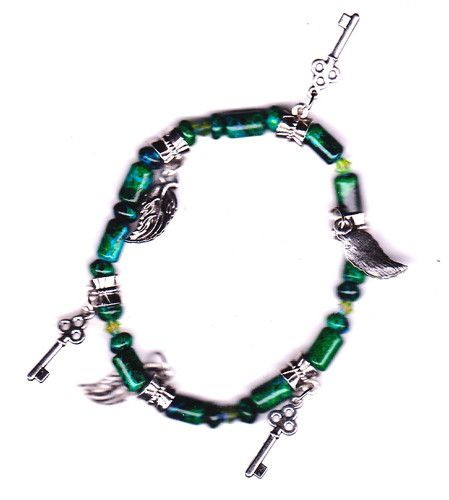 Green Malachite, leaf and key Charm Stretch Bracelet