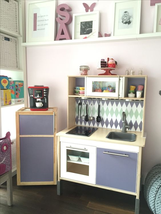 die ikea duktig kinderk che wurde von ana w traumhaft. Black Bedroom Furniture Sets. Home Design Ideas