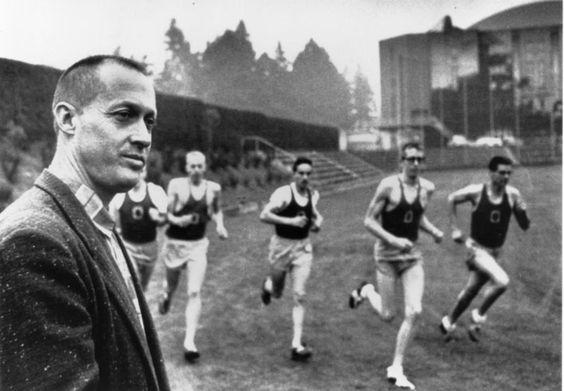 自身も陸上選手だったナイキ創業者フィル・ナイト その鬼コーチだったビル・バウワーマン