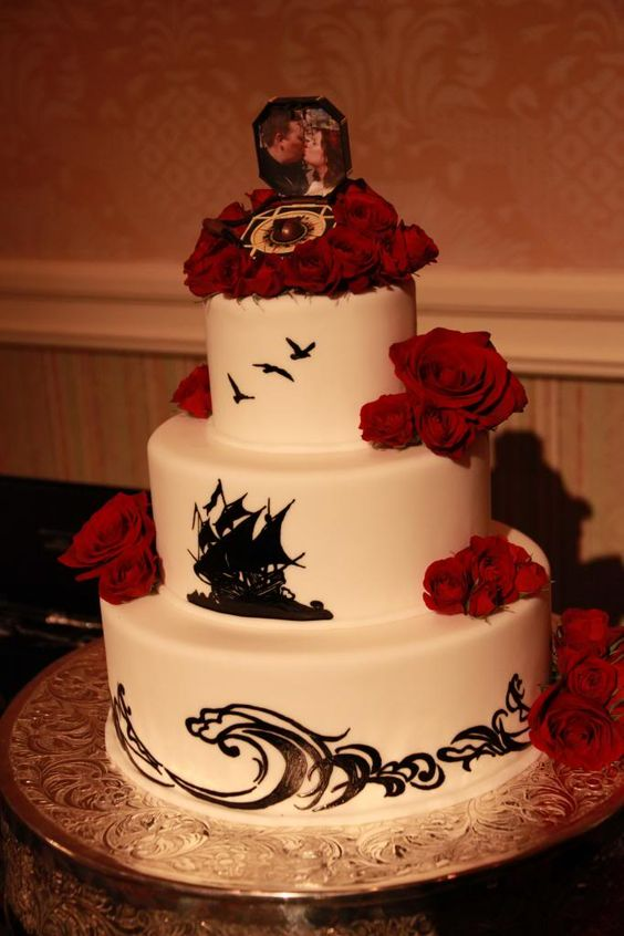 love the grown up pirates of the caribbean theme for this cake. From Post Your Wedding Cake - Page 65 - The DIS Discussion Forums - DISboards.com