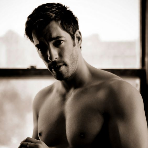 Drew Scott, Lord have mercy on my soul, for pinning this!
