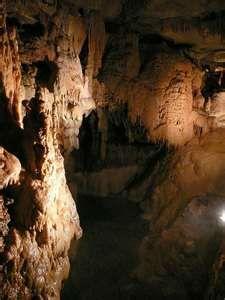 Natural Bridge Caverns, New Braunfels, Texas.: