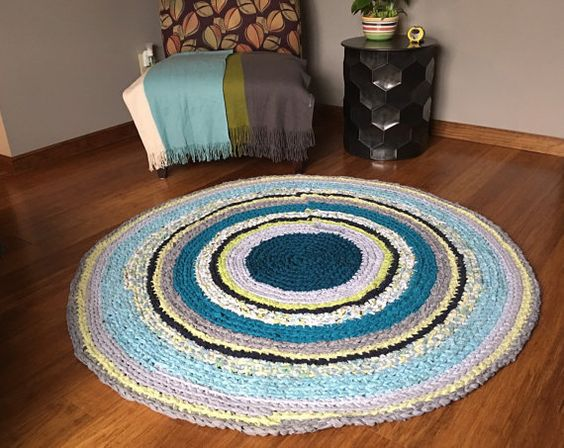 Multicolored Round Rug Recycled T Shirt Yarn Handmade por EsTeRaP