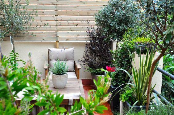 ésverd - jardineria & paisatgisme の オリジナルな バルコニー&ベランダ&テラス