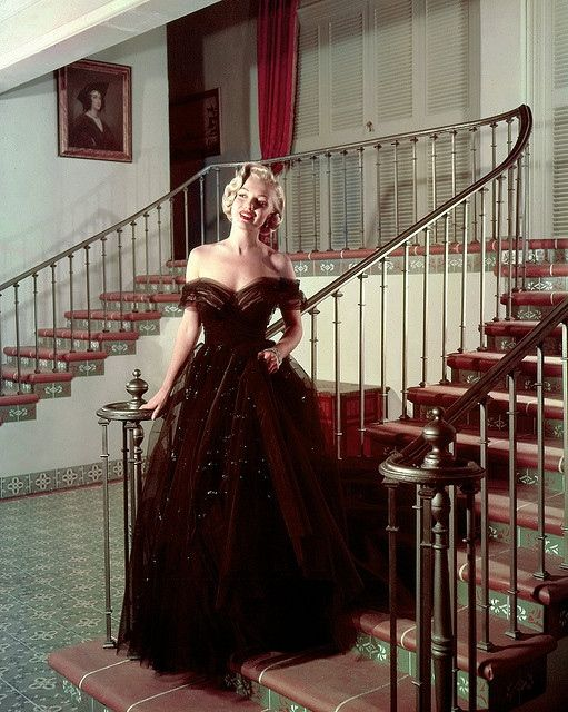 Photo of Marilyn Monroe in a ball gown | ღMarilyn Monroeღ ...