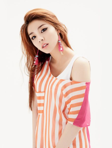 Happy birthday to Ailee Birthday: May 30, 1989 American age: 27 International age: 28