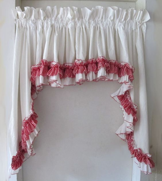 Kitchen Window Curtains Window Curtains And Ruffles On
