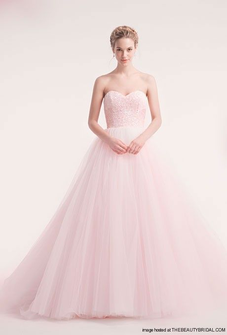Sweetheart pink wedding dress