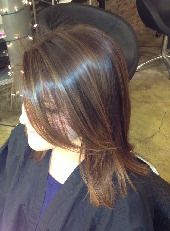 Sexy balayage highlights on a brunette. So pretty! balayage highlights brunette