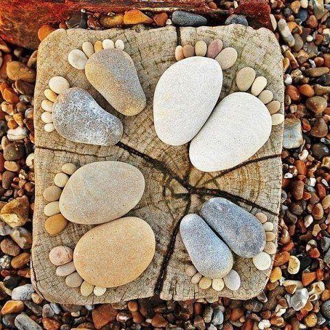 Cailloux décoratifs pieds