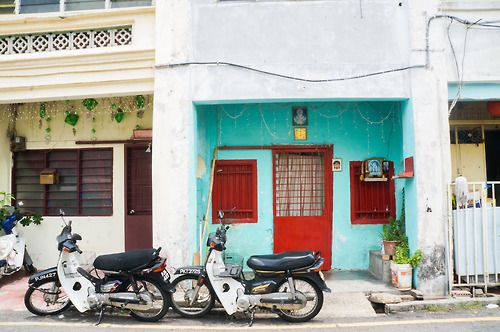 Vivid colors on the streets of Penang