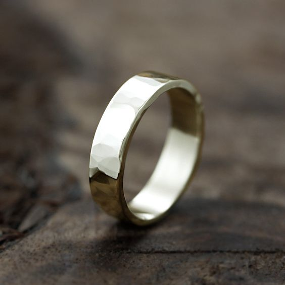 Andrea Bonelli mens wedding ring