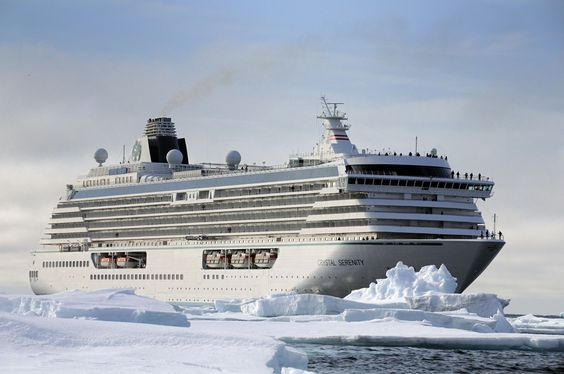 Luxury cruise ship heads to Arctic, but no environmental review