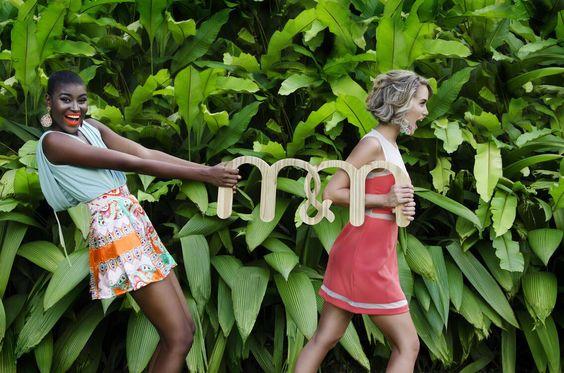#Tbt campaña m&m del año pasado con Valeria Valle y Jennifer Saa Lasmercedes@disenomm.com Pronto nos mudamos al Centro San Ignacio - Caracas y gran apertura en Lechería Edo. Anzoátegui. #moda #mm #fashion #trendy #venezuela #venezolana #pinterest #instagood #carteras #blusas #diseño #diseñovenezolano #buenvestir #camisa #pants #accesorios #zarcillos #collares #pulseras #jewelry #good #demoda #cool
