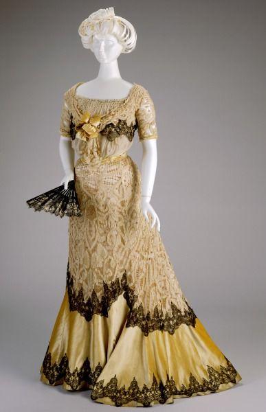 Evening dress Kate R. Cregmile 1900-02: