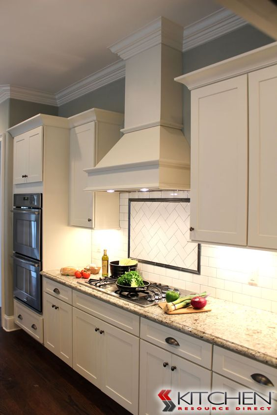Simple shaker style kitchen using titusville rta shaker for Cheap rta kitchen cabinets