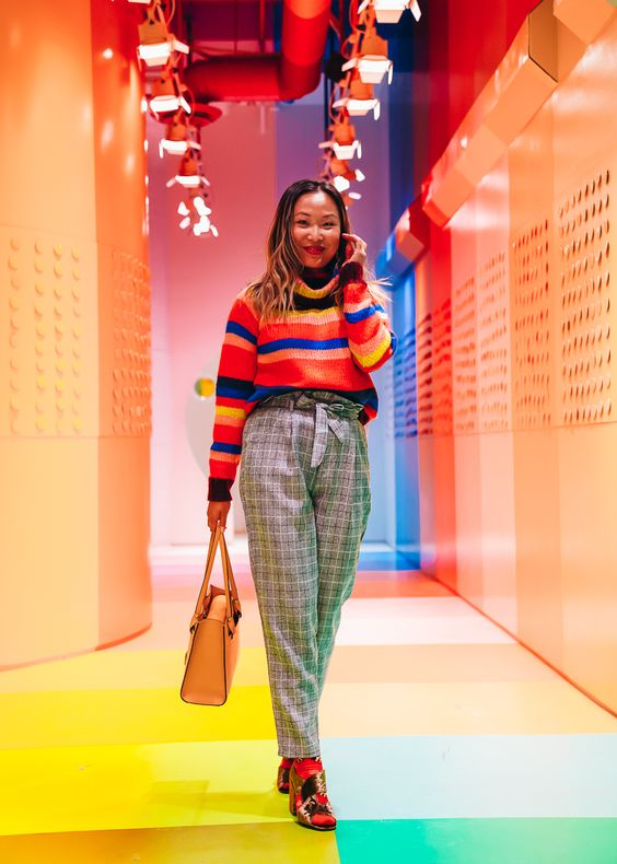 Review of the Color Factory NYC: a visual tour | Color Factory NYC photos, best places to take photos NYC | colorful fashion blogger | rainbow sweater outfit | most instagrammable places in nyc | instagram photos nyc | NYC fashion blog | Layers of Chic