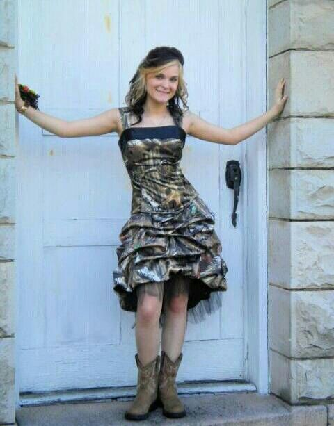 Prom 2013:) Camo prom dress. can I have this pleaseeeee!!!!!!!!!!!!!