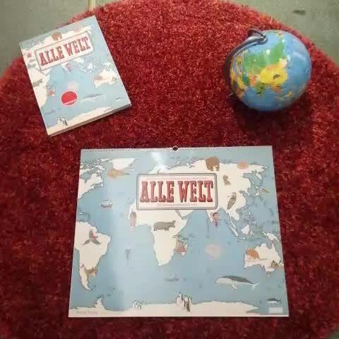 Maps & Globes Calendar :: Vine by Buchladen Nippes