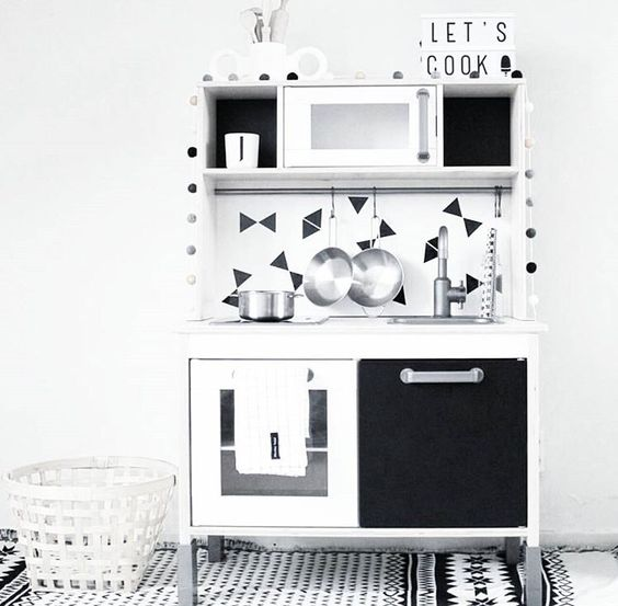 duktig ikea kinder keuken pimpen hacks mamaliefde. Black Bedroom Furniture Sets. Home Design Ideas