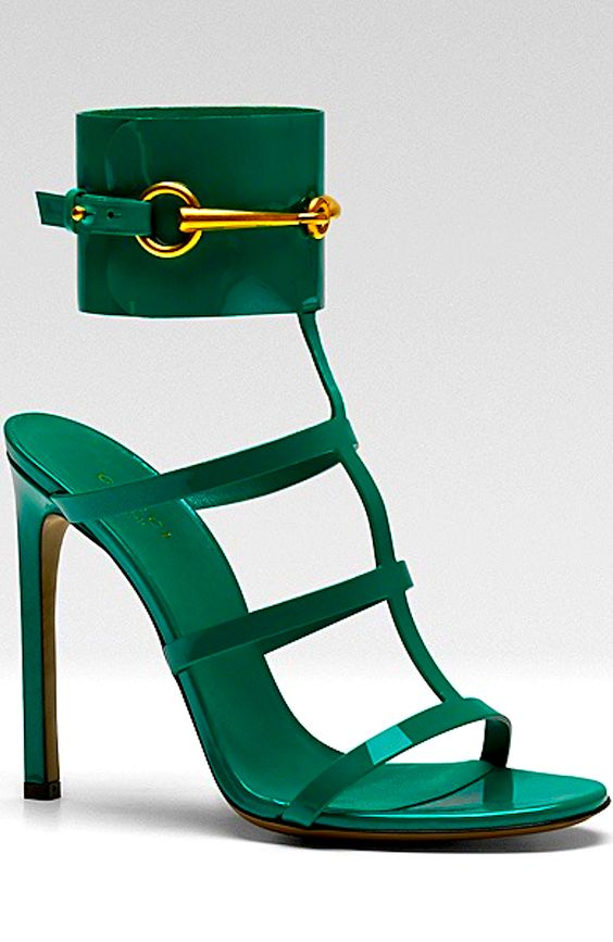 #GREEN Gucci  #sponsored  #greenworksgames Play here: http://www.pinterest.com/greenworksclean/green-works-word-search/